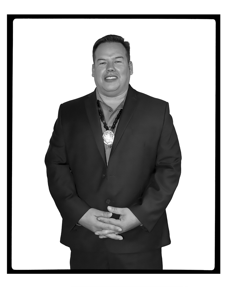 GRANT PAULS (REVEAL Awards, Winnipeg, Manitoba, 2017)