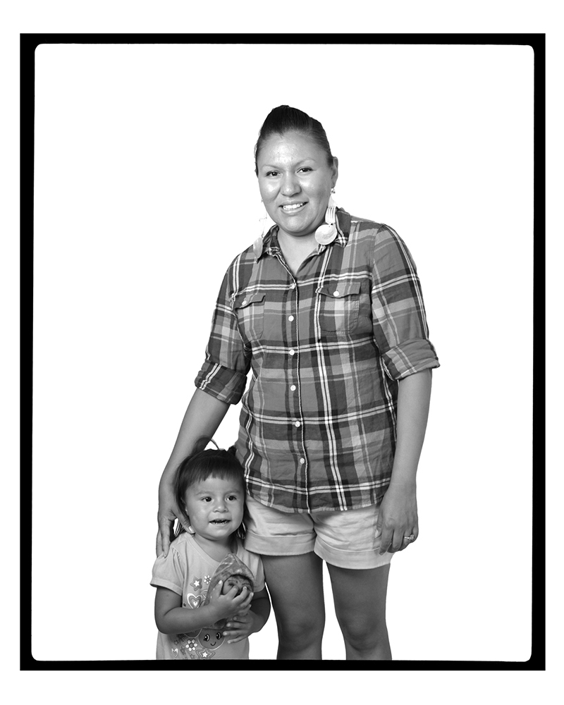 TAHNEE MARIE with daughter (Santa Fe, New Mexico, USA, 2012)