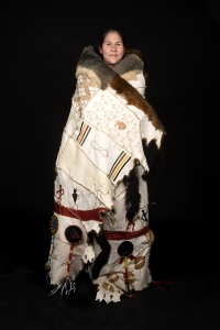portrait_possum-cloak_meryl-mcmaster_by-rosalie-favell